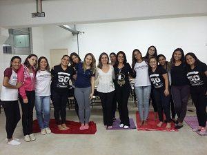 Prática de yoga na UNINCOR - curso de Pedagogia - Pará de Minas em 4/10/17